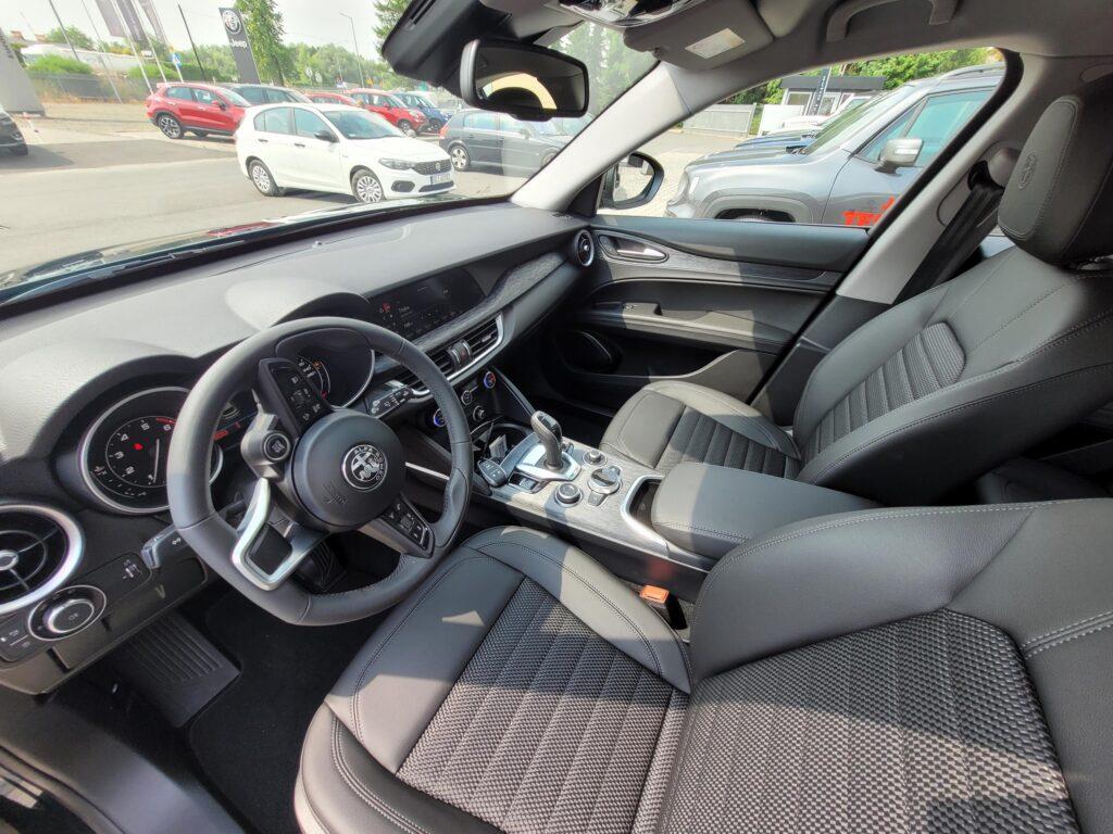 Alfa Romeo Stelvio Bussines 2,0 200KM Nowa Gama 2021r - 5 Lat Gwarancji Fabrycznej